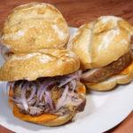Pan con Chicharrón